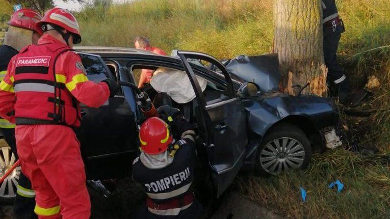 Trei tineri din Săbăoani au decedat într-un accident rutier pe E 85, între Roman și Bacău