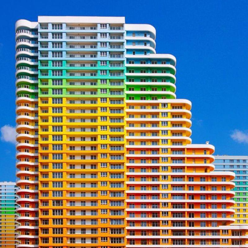 Sono incredibilmente colorati gli edifici dei nuovi quartieri di Istanbul