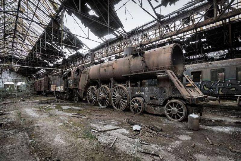 Il fascino dei luoghi abbandonati nelle fotografie di Simon Yeung