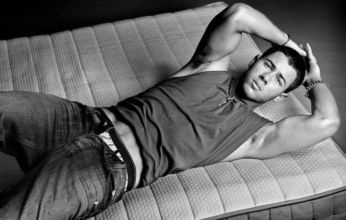 Nick Jonas02