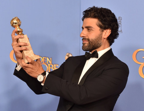 Oscar-Isaac-Sexiest-Pictures-2016-Golden-Globes
