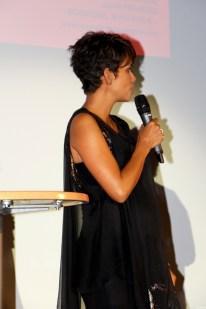 Halle Berry20