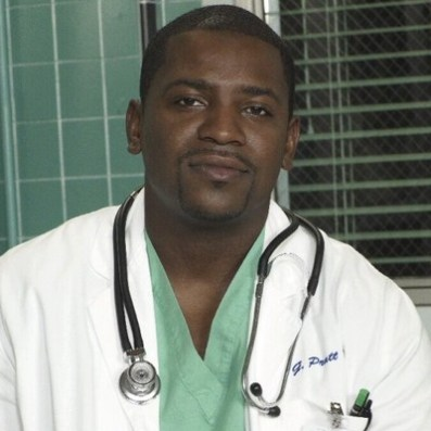 Mekhi_Phifer_as_Greg_Pratt
