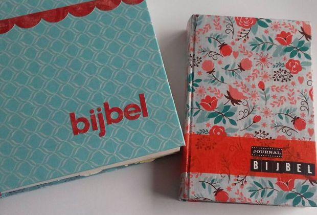Bijbeljournaling bijbel opgepimpt