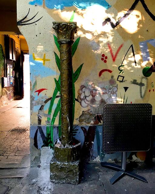 Grandio Party Hostel - ruin pub Budapest