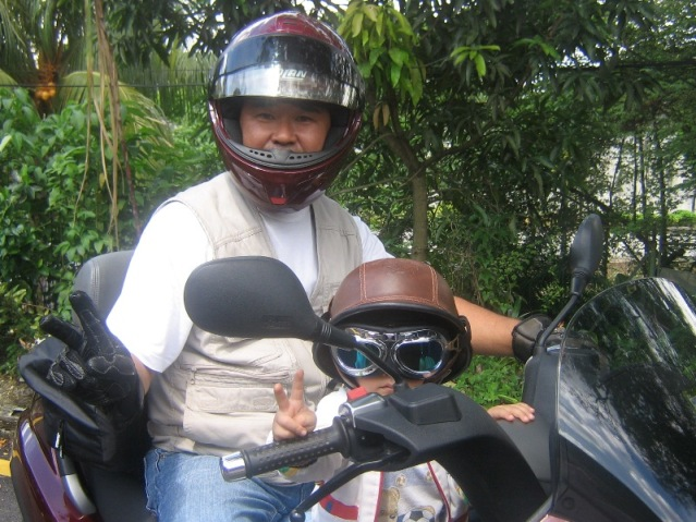 img 0101 750 - Motorcyclist Puts Toddler In Danger With Ride On Lap, Says NY and PA Motorcycle Lawyer