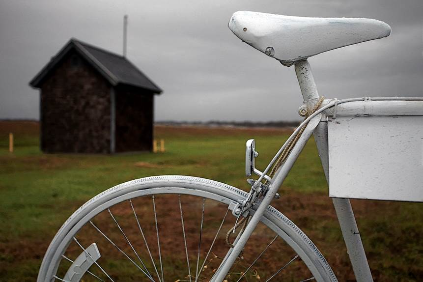 GhostBikeQ2 - Photographer Tracks Down Ghost Bikes In Haunting New Book