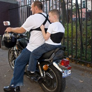 moto grip jr - Motorcyclist Puts Toddler In Danger With Ride On Lap, Says NY and PA Motorcycle Lawyer