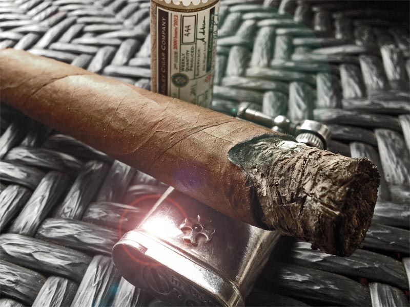 Alec Bradley Fine and Rare Toro Edition 2013