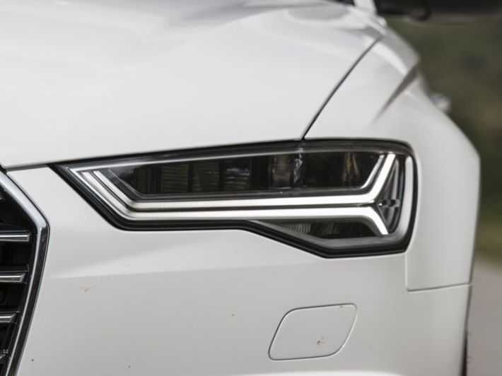 Audi A6 India review headlight