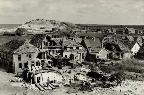 [Gevolgen ontploffing munitiedepot in april 1943 te callantsoog]