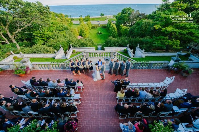 Jen & Eric get married at Villa Terrace
