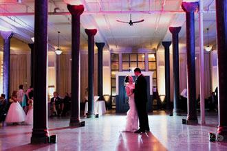 Beautiful Weddings in Milwaukee Venues
