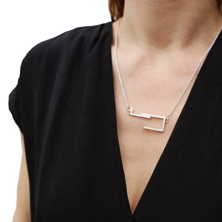 STRAIGHT LINES Ketting Liggend