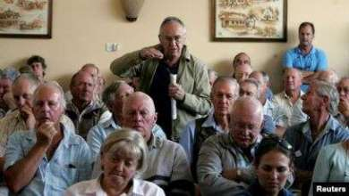 Photo of Mixed Feelings Over The Return Of Some Farms To White Commercial Farmers