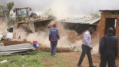 Photo of July Moyo tackles Budiriro home demolitions