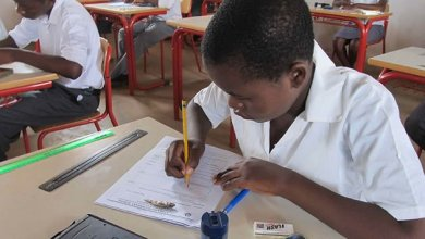 Photo of Covid-19 positive pupils write Grade 7 exams from home