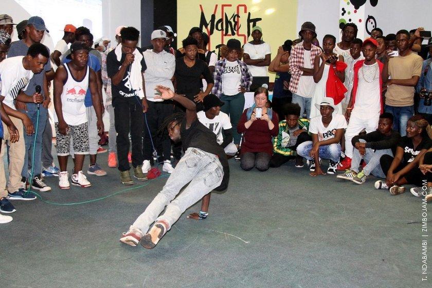 Jora Mc showing his B-boy skills PIC: T. NDABAMBI | ZIMBOJAM.COM