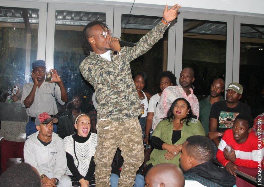 Epixode perfoming in Kwekwe PIC: T. NDABAMBI | ZIMBOJAM.COM