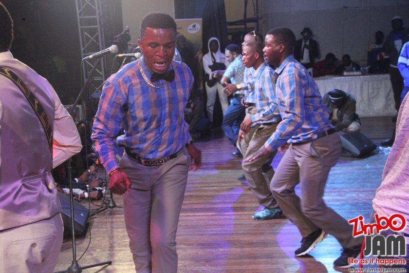 MaJuicy doing his thing! PIC:T. CHIHAMBAKWE | ZIMBOJAM.COM