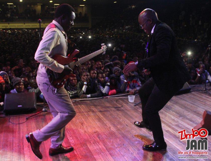 Macheso joined by footballer, Willard Katsande on stage. PIC:T. CHIHAMBAKWE | ZIMBOJAM.COM