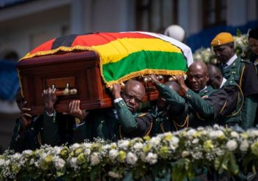 Zimbabwe chiefs demand Mugabe be buried according to traditions