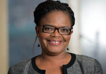 Beatrice Mtetwa 'banned' from representing Hopewell Chin'ono
