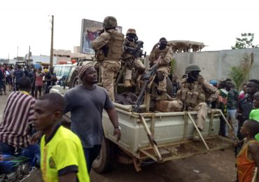 Mali's president, prime minister held by soldiers in coup attempt