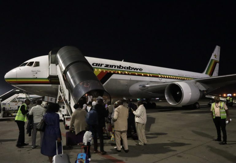 Air Zimbabwe resumes domestic flights