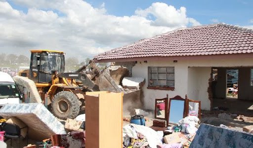 Chitungwiza Mayor defends housing demolitions