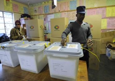 'E-voting not feasible in Zimbabwe'