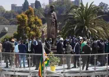 President Mnangagwa unveils Mbuya Nehanda statue in Harare