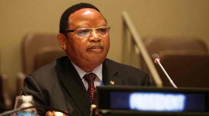 Minister Shava meets Namibian leader