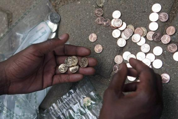CURRENCY WOES UNSETTLE INSURERS