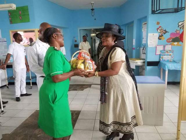 PICTURES :FIRST LADY VISITS MPILO HOSPITAL
