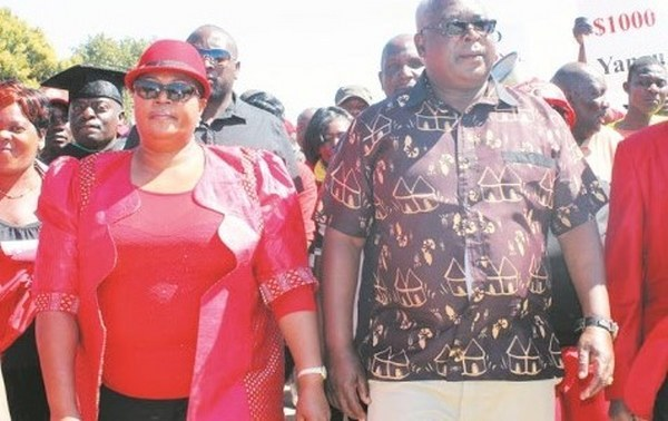 MUDZURI, KHUPE GIVE NEW LEADER CHAMISA COLD SHOULDER