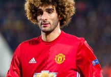 Fellaini signs new contract