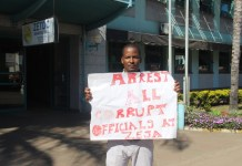 Disgruntled Harare Man stages One-Man Demo Against ZESA