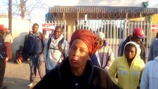Photo of WATCH: FARMERS COMPLAINING ABOUT CASH CRISIS AT CBZ MVURWI BRANCH