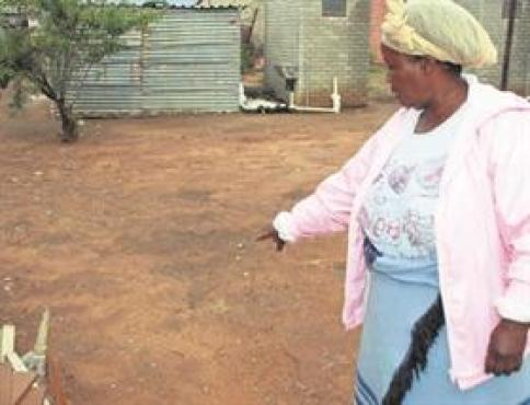 Woman's Corpse Found In Yard With Heart And Intestines Cut Out