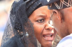 Grace Mugabe Cries To Obasanjo During Mugabe Funeral