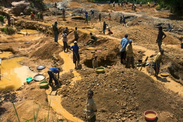 4 Killed At Marange Diamond Fields As Complaints About Forced Labour Rise