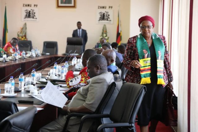Mupfumira ejected from Politburo meeting