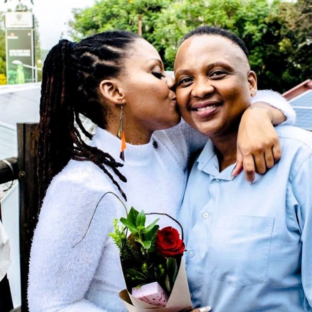 Actress & mother of Four blasts Haters over her new lesbian relationship