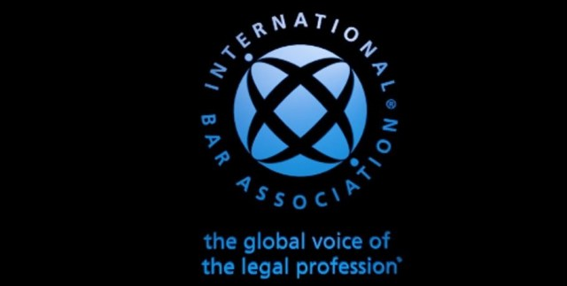 IBA and IBAHRI voice concerns over Hopewell Chin'ono arrest and harassment of Beatrice Mtetwa