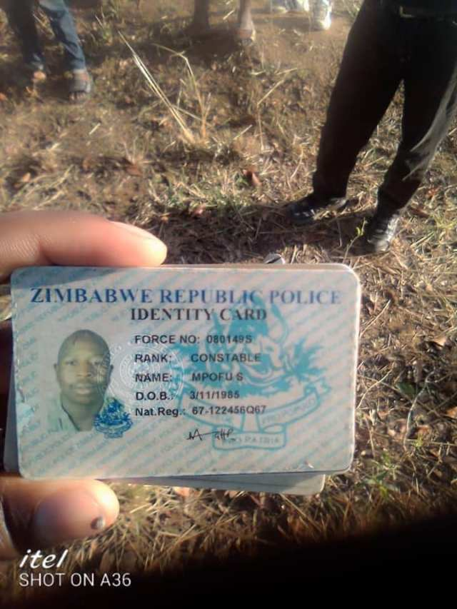 Police Officer Caught Red Handed Trying To Steal A ZESA Transformer