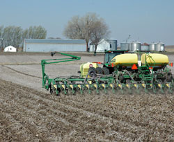 https://i2.wp.com/www.zimmcomm.biz/images/corn/corn-planting.jpg