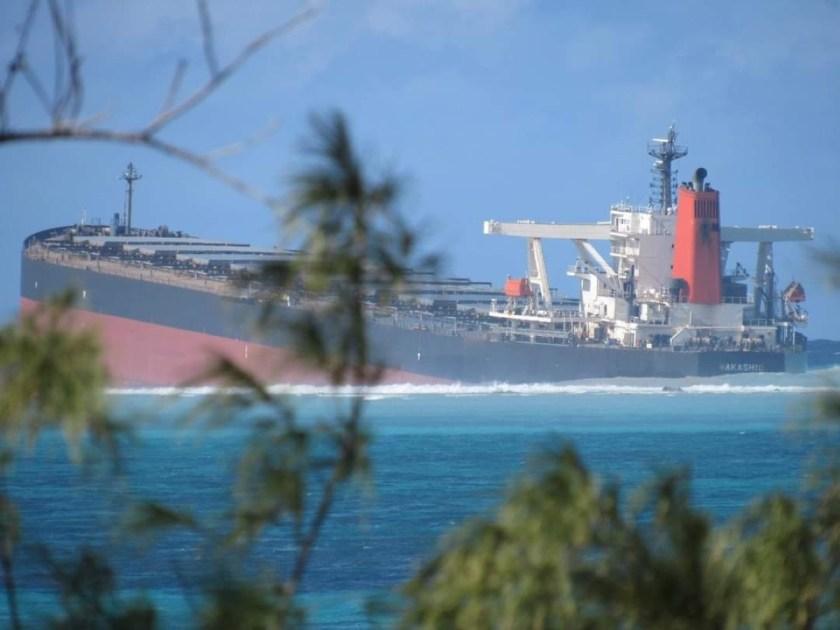 Pointe d'Esny : Le vraquier MV Wakashio ne coule pas