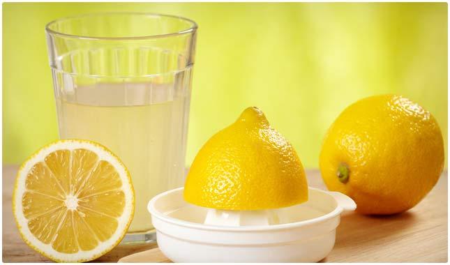 mineralinis-vanduo-su-citrinu-sultimis 7 būdai, kaip po švenčių susigrąžinti jėgas ir grožį!