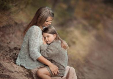 7 stiprios motinos principai, kurių reikia išmokinti savo dukrą